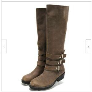 Steve Madden Women's Knee-High Boot Size 8.5 Brown